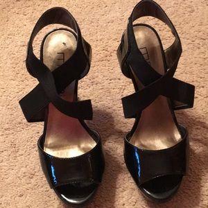 Women's size 6 Moda Spana heels